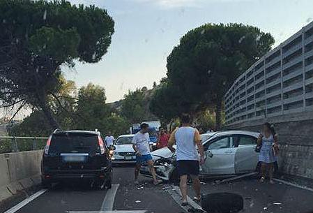 incidente-roseto-capo-spulico-02092015-01