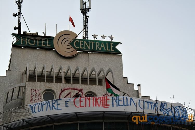 hotelcentrale3901